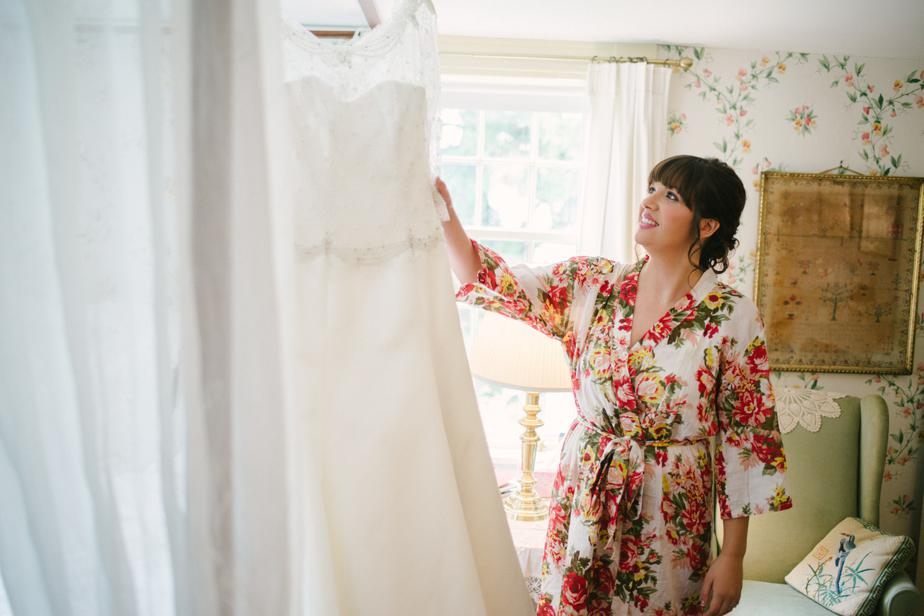 bride gets ready for the barn at gibbet hill wedding